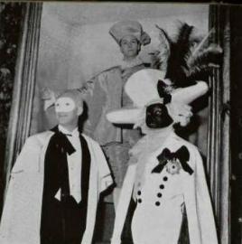 baile de jacques fath loifficiel 1951 blanco y rojo
