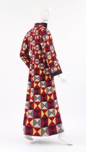 schiaparelli abrigo arlequin 1939 metmusem